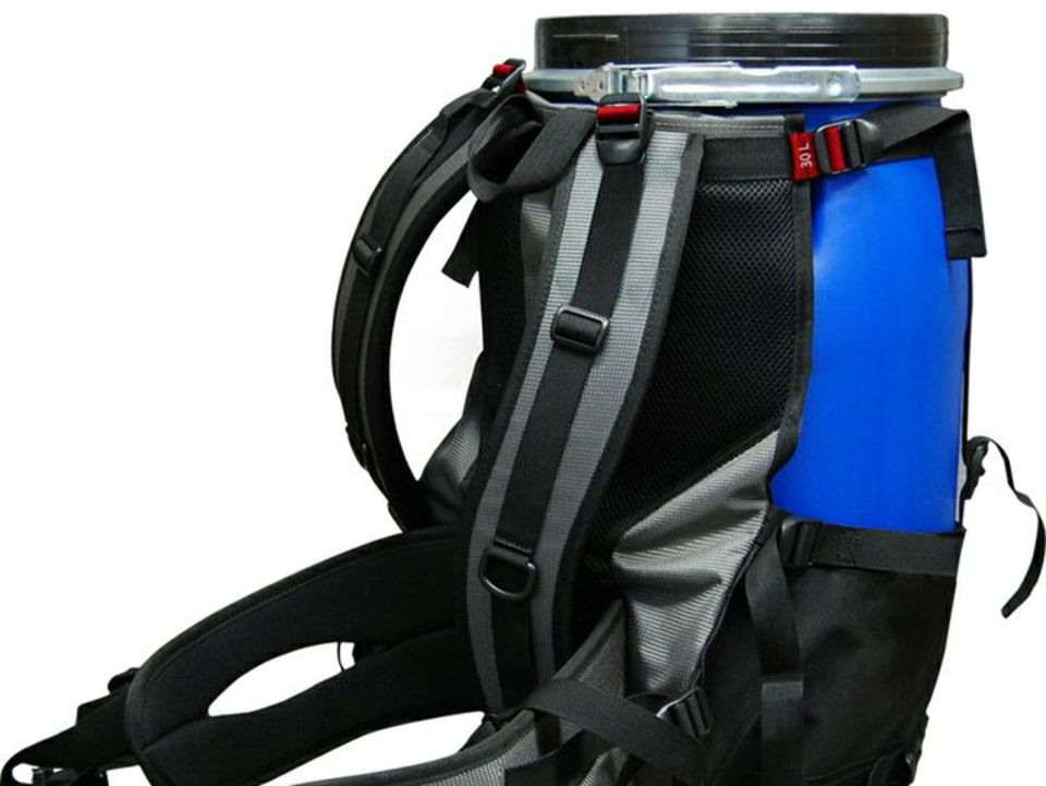Barrel Canoe Pack (30L)